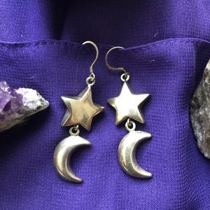 Vintage star moon 🌙 earrings